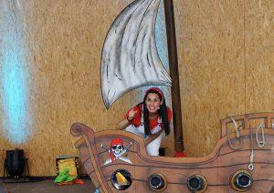 Melanie Henriquez - Aventura pirata